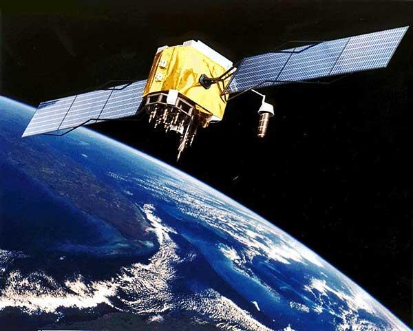 Még az idén felbocsáthatják az űrbe az európai diákműholdat rajta magyar szerkezetekkel