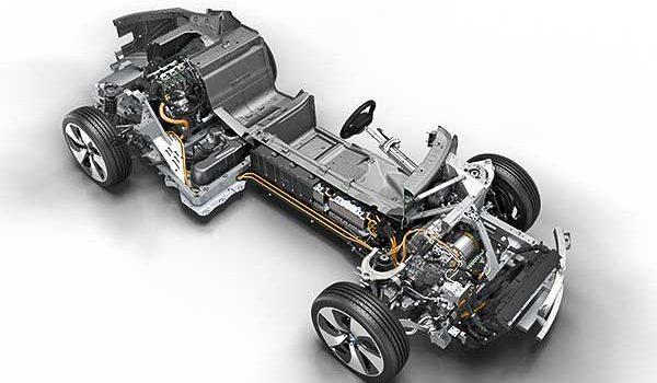 A BMW építi a Föld legjobb hibridjét – már fél évtizede