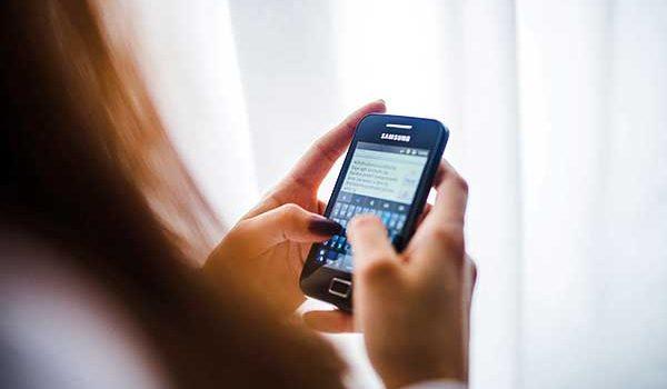 Okostelefonra költözhetnek az ügyfélszolgálatok