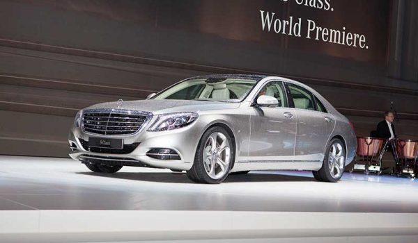 Bemutatták a Mercedes-Benz S-osztály luxusautó modell új nemzedékét
