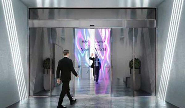 Átlátszó OLED kijelzővel integrált önműködő ajtókat fejleszt az LG és az Assa Abloy