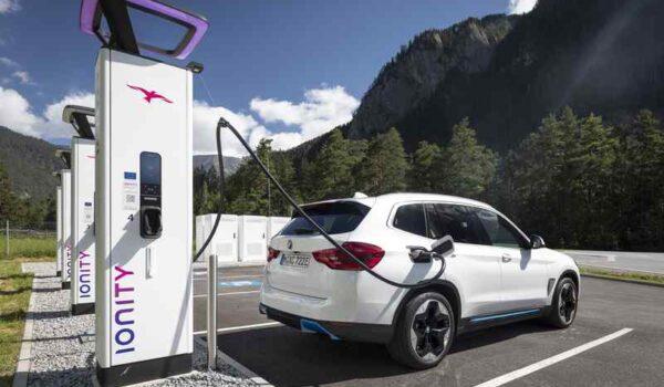 BMW / MINI Charging a benzinnél és a gázolajnál is olcsóbbá teheti az elektromos autózást